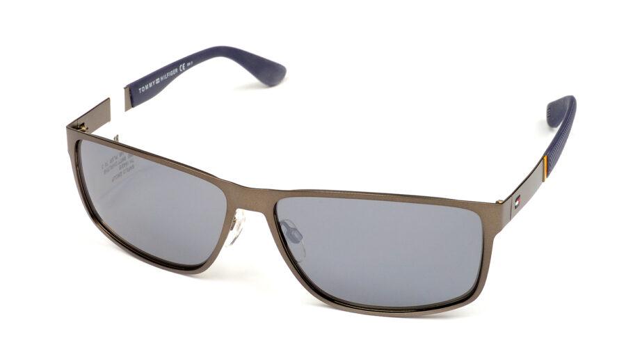 Очки TOMMY HILFIGER TH 1542/S R80 BLACK FL SMTDKRUTH солнцезащитные купить